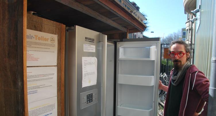Bienne : des frigos pour lutter contre le gaspillage alimentaire