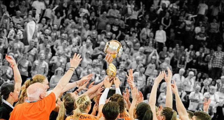 Les volleyeuses du NUC remportent la Coupe de Suisse