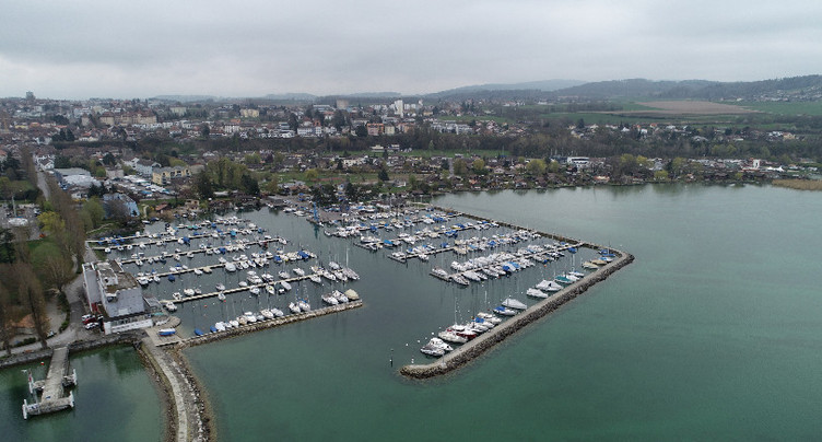 Le lac de Neuchâtel chauffera un hôpital