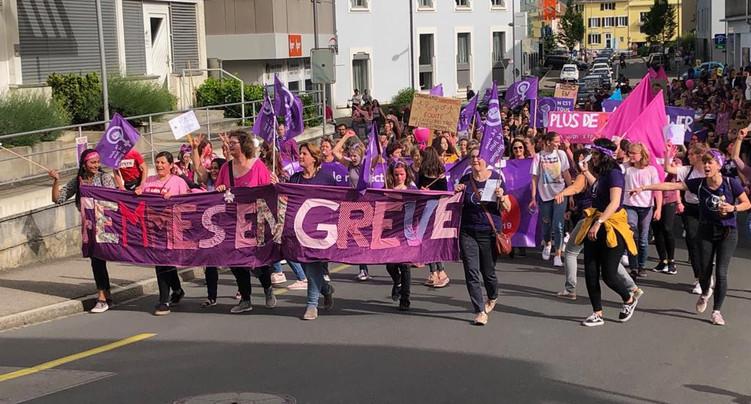 La vague violette a déferlé sur Delémont
