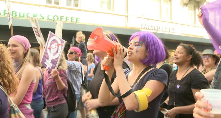3'000 à 4'000 personnes à Bienne pour la grève des femmes