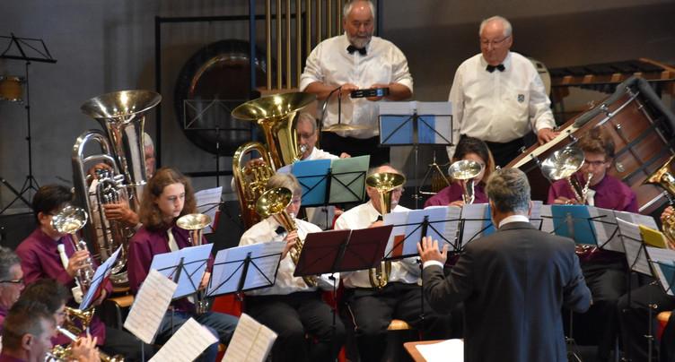Concentration maximale pour les fanfares à la Fête jurassienne de musique