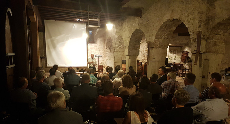 La Conférence des maires n'est plus, place à Jura bernois.Bienne