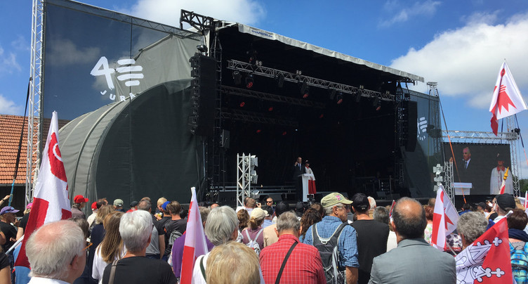 Environ 14'000 personnes ont célébré les 40 ans du Jura