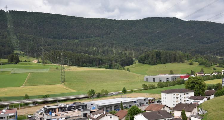 Un recours de Valbirse contre la ligne Bassecourt-Mühleberg