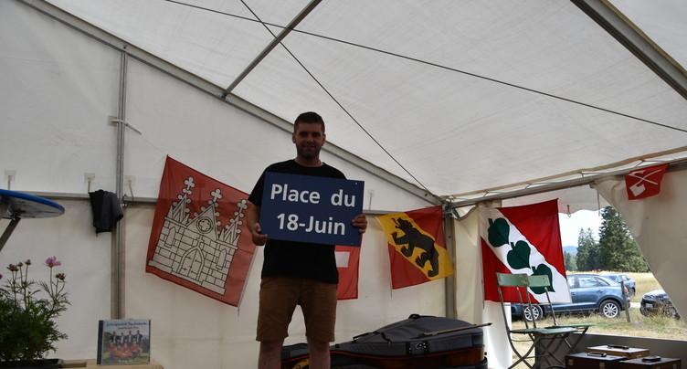 La plaque « Place du 18 juin » réapparaît à Mont-Girod