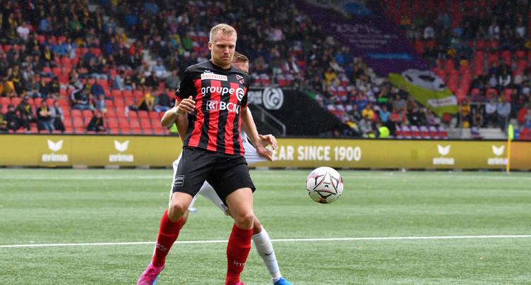 Le FC Sion bat Neuchâtel Xamax FCS et prend la tête de la Super League
