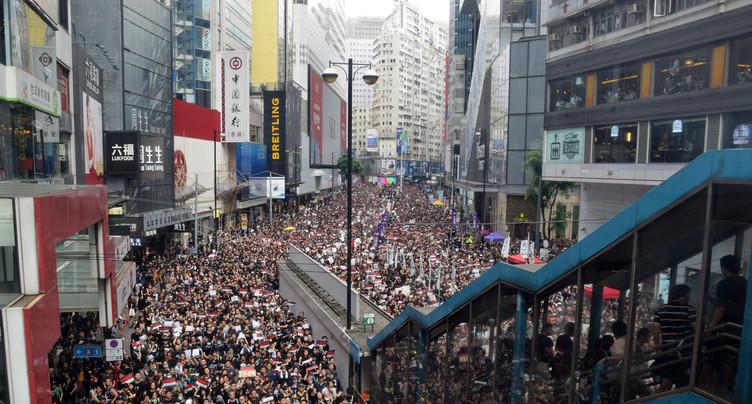 Les manifestants de Hong Kong, Michel Sardou et les autres…