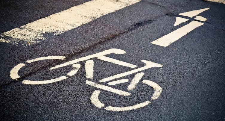 Un cycliste se blesse sérieusement à Courrendlin
