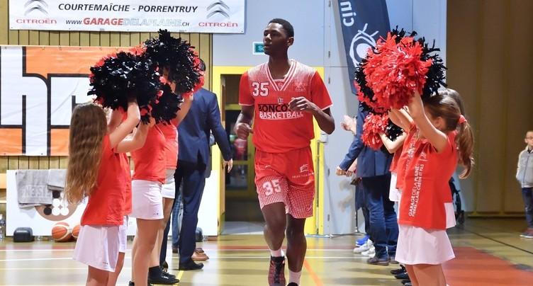D'Jo Berthi Mputu rebondit à Lausanne