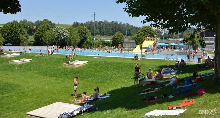 Les piscines en plein air de la région ont bonne mine