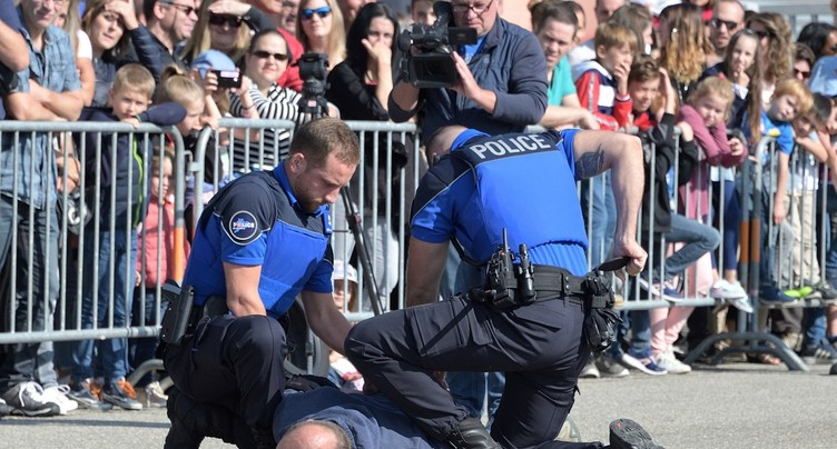 La police jurassienne en démonstration