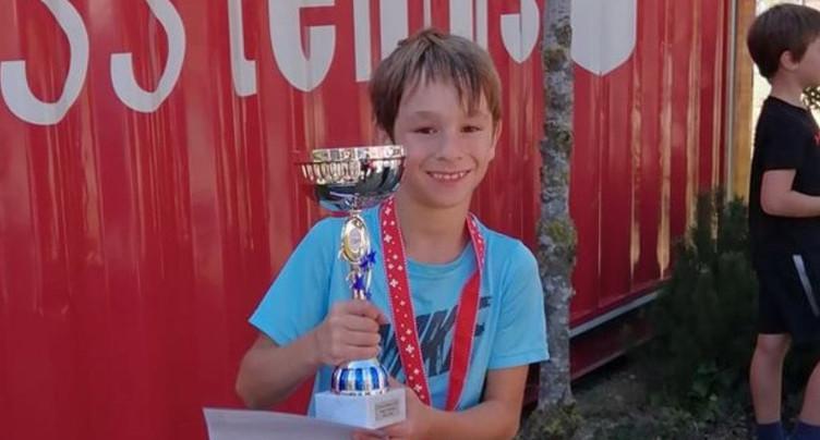 Un troisième trophée national pour le tennis jurassien
