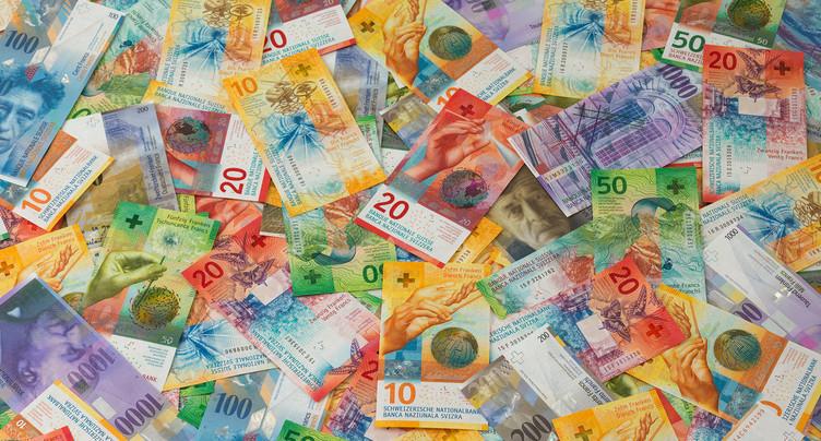 Carte blanche : l'argent ne meurt jamais