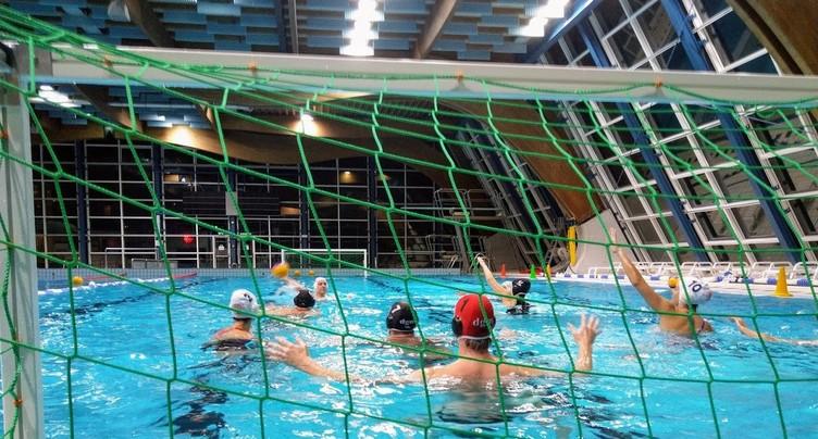 « Je m'entraîne avec » la section water-polo du Red-Fish Neuchâtel