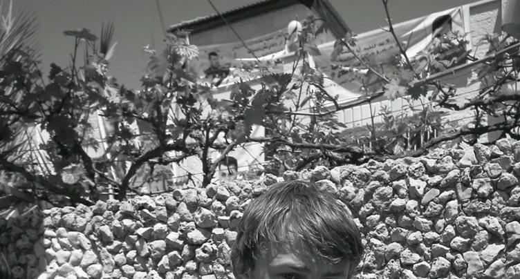 Au mur les yeux bandés - Vittorio Arrigoni