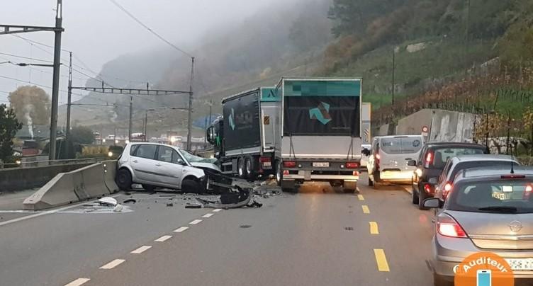 Une conductrice grièvement blessée dans un accident sur l'A5