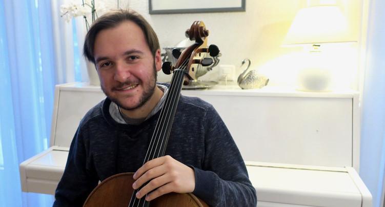 Un violoncelle à la maison...