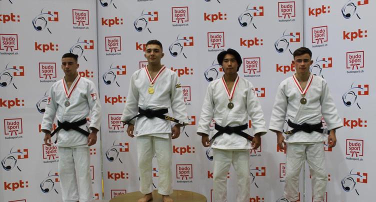 Douze médailles pour les judokas jurassiens