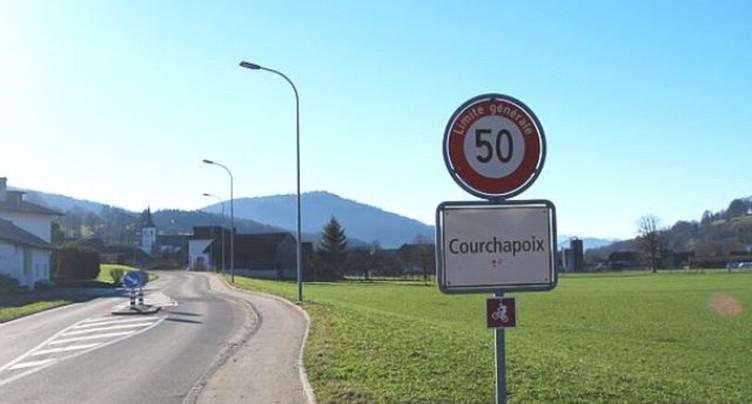 Le Conseil communal de Courchapoix au complet