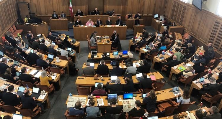 Une nouvelle loi sur les routes pour le canton de Neuchâtel