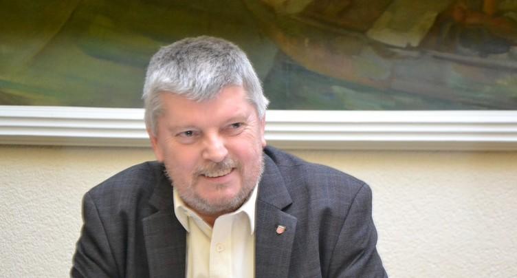 Un politicien d'expérience au perchoir à Delémont