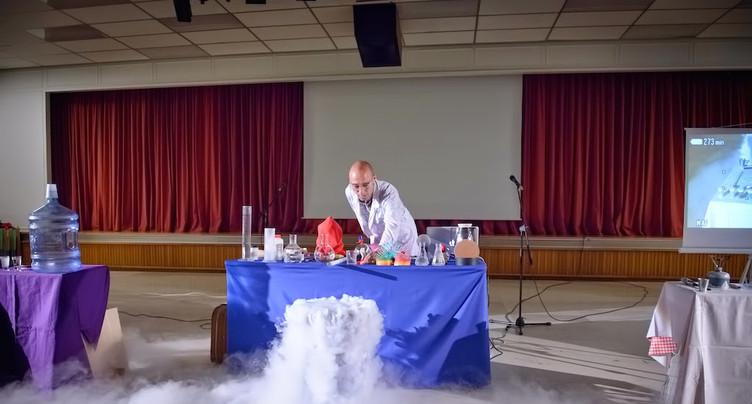 Expériences scientifiques contre-intuitives au Club 44