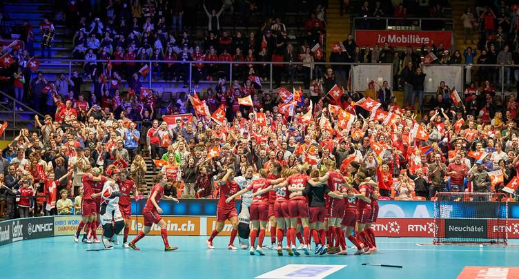 Unihockey: la Suisse est en finale!