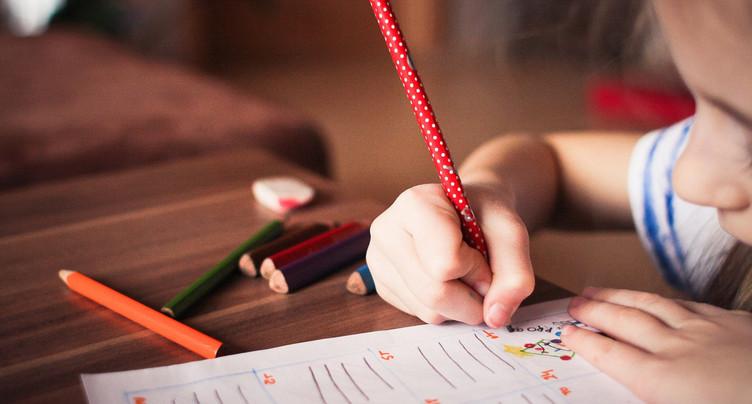 Le canton exige des évaluations « pragmatiques » à tous les degrés scolaires