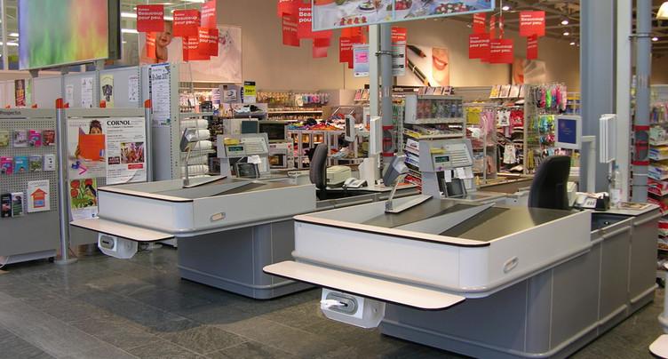 Le salaire minimum dans le commerce de détail fait débat