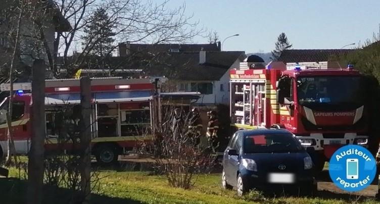 Incendie dans un abri de jardin à Vicques