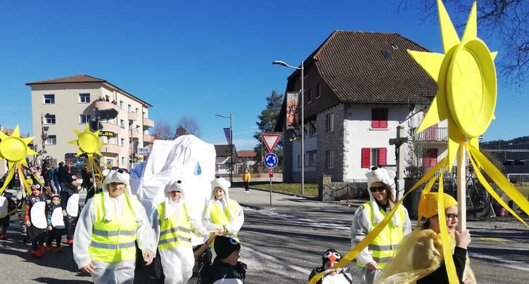 Les enfants fêtent carnaval au Noirmont