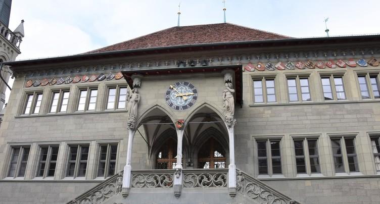 Pas de hausse générale des salaires pour le personnel du canton de Berne