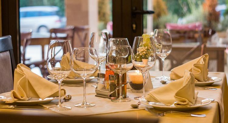 L'UDC Jura veut la réouverture immédiate des restaurants