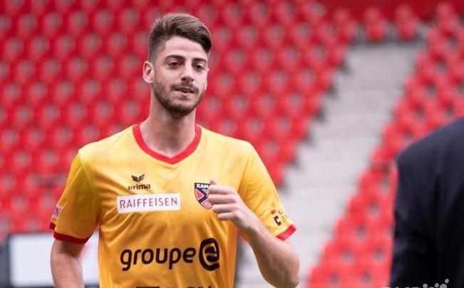 Maikel Santana signe au FC Saint-Blaise