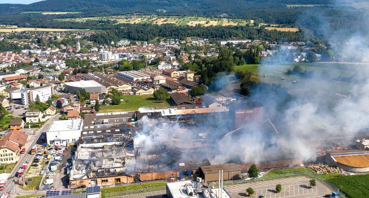 Incendie impressionnant à Laufon