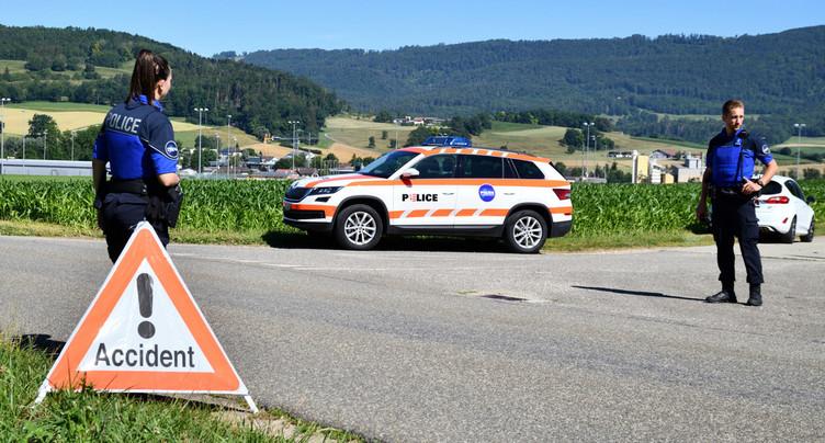 Un accident de tracteur fait deux blessés en Ajoie