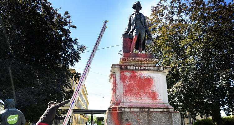 Statue de Pury : la Ville ouvre le débat