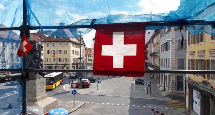 Plus de 2300 drapeaux à La Chaux-de-Fonds