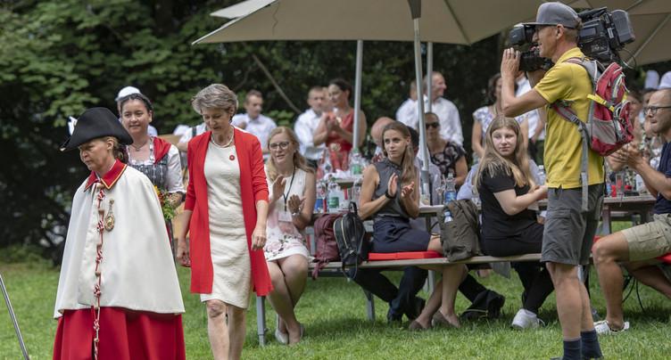 Des habitants de la région honorés par Simonetta Sommaruga au Grütli