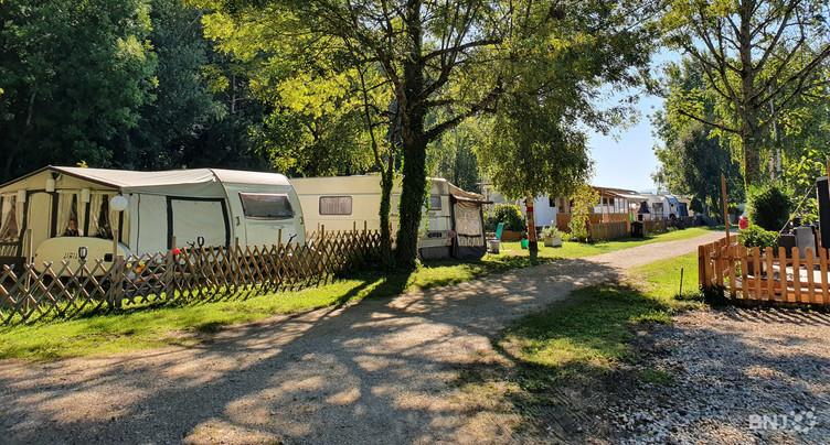 Le projet controversé du camping de la Tène reporté