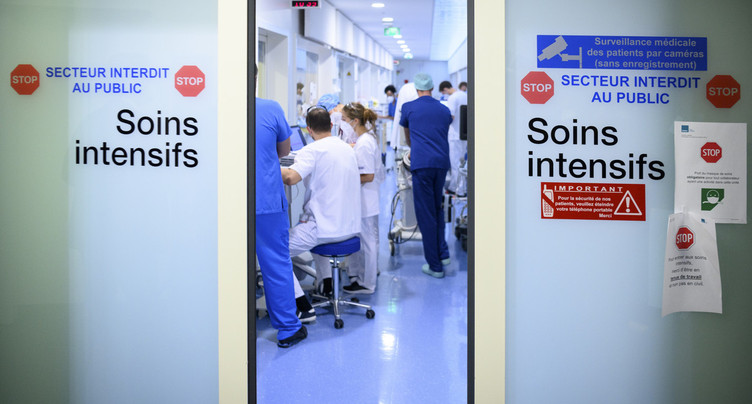 Le nombre de patients COVID se stabilise au RHNe
