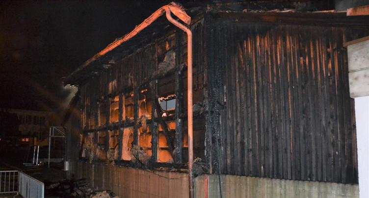 Incendie de Coeuve : trois jeunes se dénoncent