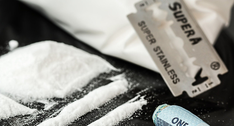 Prison ferme et expulsion pour un trafic de stupéfiants