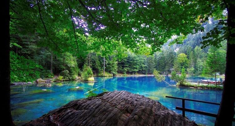 Faire la lumière sur la région du Lac bleu