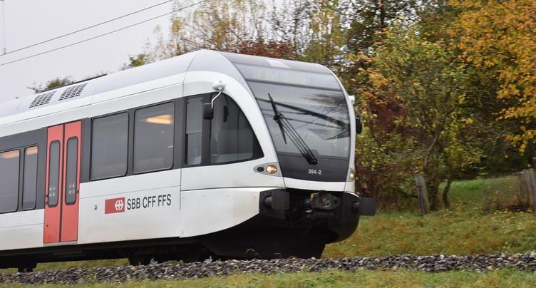 Passage au bus sur la ligne Neuchâtel – La Chaux-de-Fonds