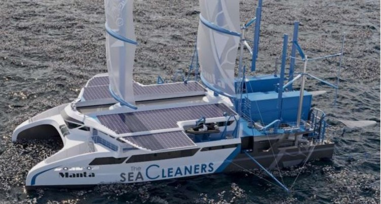 Un voilier géant pour chasser le plastique en haute mer
