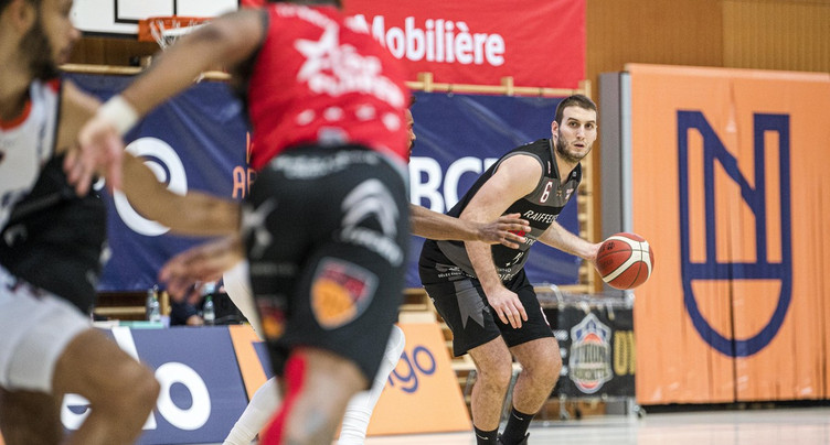 Milos Jankovic chez le champion en titre