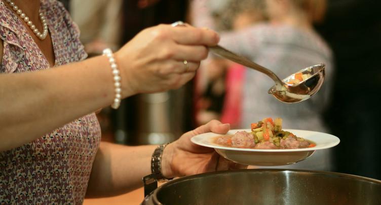 Les restaurants jurassiens peuvent assurer le rôle de cantine d'entreprise