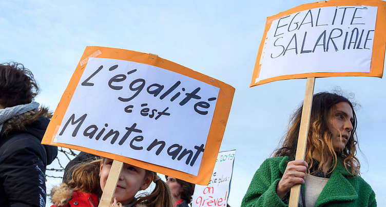 « Oui » massif à l'égalité salariale dans le Jura